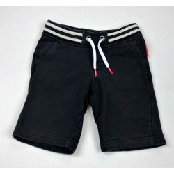 Short DKNY, 4 ans / 104 cm